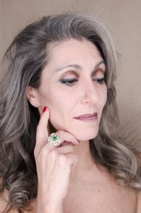 Valeria Sechi wearing an emerald ring